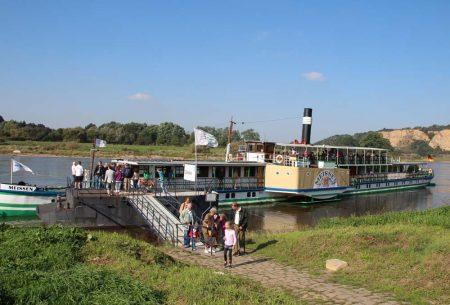 Dampferhaltestelle in Diesbar
