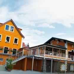 Restaurant und Terrasse von Ulrichs Weindomizil