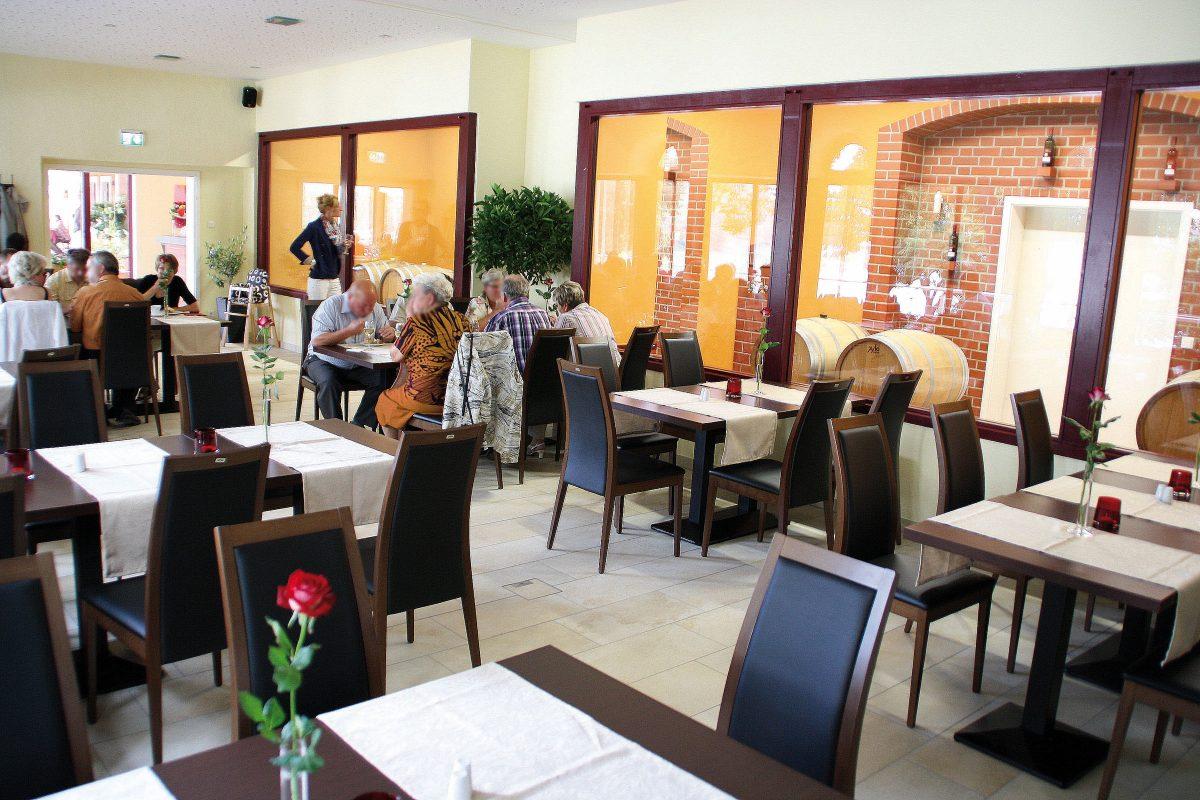 Im Restaurant von Ulrichs Weindomizil